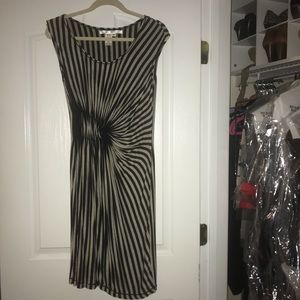 Comfy dress with rousing